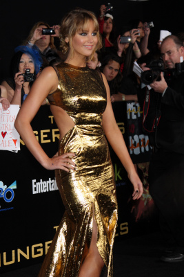 "arrives at the ""Hunger Games"" Premiere"